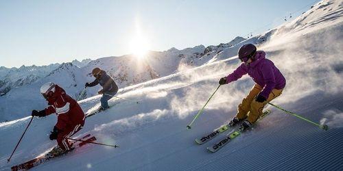 Skifahren über Weihnachten 2019.Skiurlaub 2018 2019 Mit Gruppe Skipass Und Programm